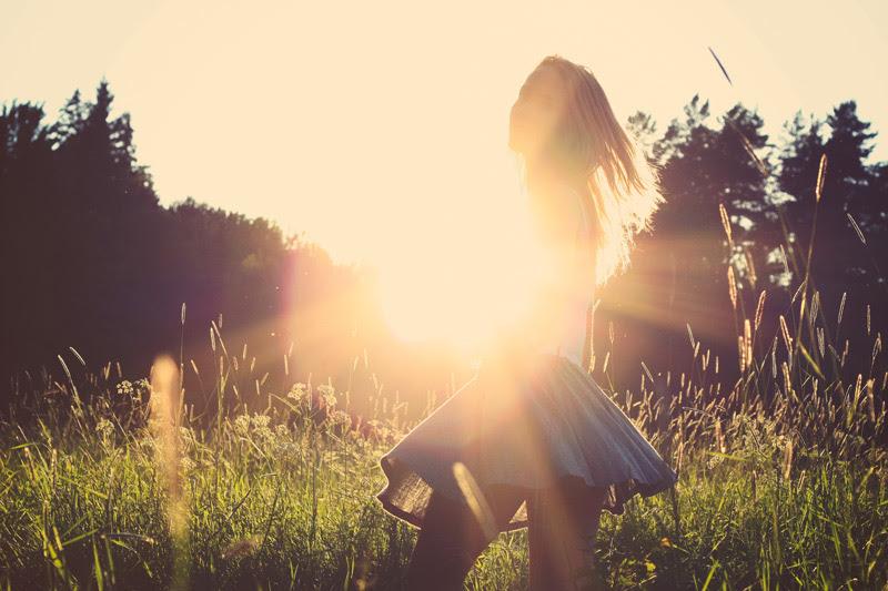 Sun and Light woman - Julia Caesar